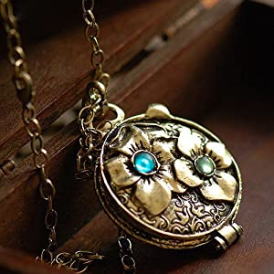 Vintage Fashion Unique Vintage Carving Jewel Box Pendant Original Exquisite Special New Model