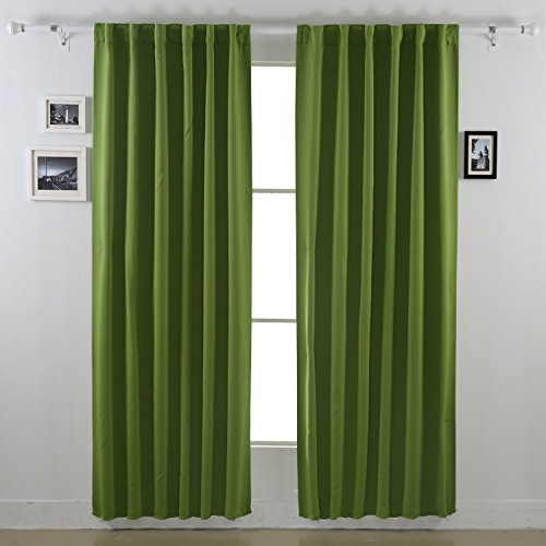 Deconovo Solid Color Thermal Insulated Blackout Curtains Rod Pocket Curtains Room Darkening Curtains for Boys Room52 x 84 Inch Dark Green 2 Panels (Thermal Pocket compare prices)