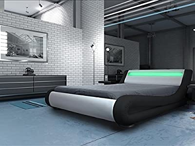 Modern Italian Designer Bed Kingsize Upholstered in Faux Leather, 5ft Rio LED Black and White