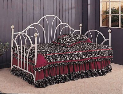 White Daybed Bedding front-637494