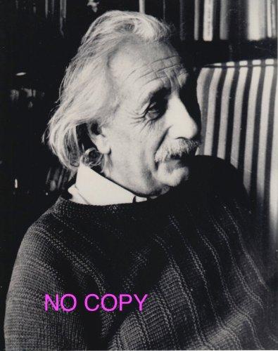 大きな写真、物理学者アルバート・アインシュタインご本人