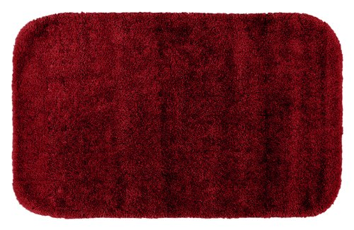 Garland Rug Traditional Plush Washable Nylon Rug, 24-Inch By 40-Inch, Chili Pepper Red front-788837