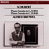 Schubert: Piano Sonatas No 18, D 894 & No 15, D 840