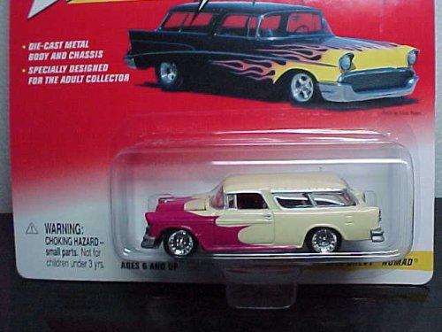 Johnny Lightning Thunder Wagons 1955 Chevy Nomad - 1