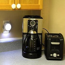 Hunter 45180 IllumiNite 4-LED Emergency Light