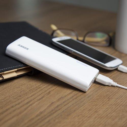 Anker Astro M3 13000mAh モバイルバッテリー 大容量かつコンパクト 147 x 62 x 22mm iPhone5S、5C、5、4S/iPad Air/iPad Mini Retina/iPad Mini/iPad/iPod/Galaxy/Xperia/ASUS/Android/各種スマホ wifiルータ等対応日本語説明書付き (lightningケーブルが付属しておりません)