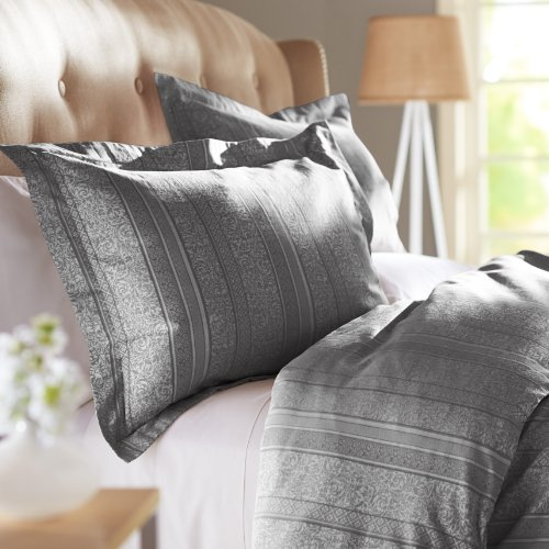 Gray Striped Bedding 5105 front