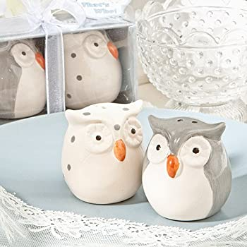 Here's a word to the wise - these cute owl salt and pepper shakers make a great event-day surprise  Hoot, hoot, hooray - these Fashioncraft exclusive favors will make your guests day! Introducing Mr. and Mrs.Whooo. They're a wise couple who really k...