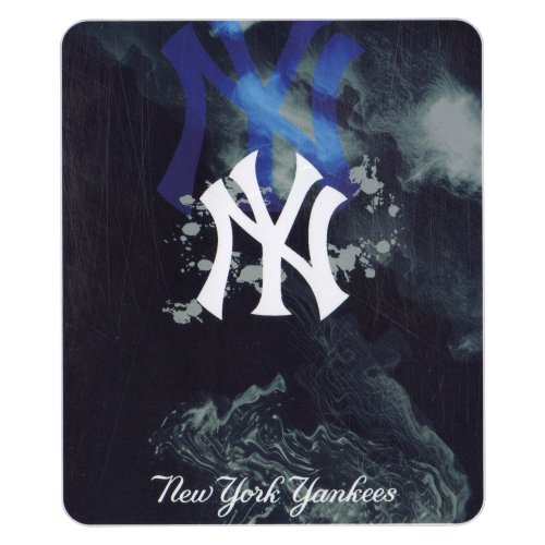 "Mlb Team ""Smoke"" Logo Lightweight Fleece Blanket (New York Yankees, 50"" X 60"")"
