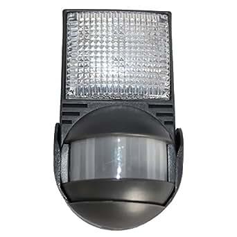 PIR Motion Sensor LED Lamp Battery Closet Garage Storage