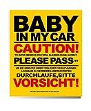 baby in car 赤ちゃん がのってます ステッカー (黄色)