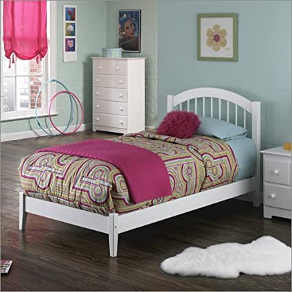 Queen Windsor with Open Footrail in White by Atlantic Furniture