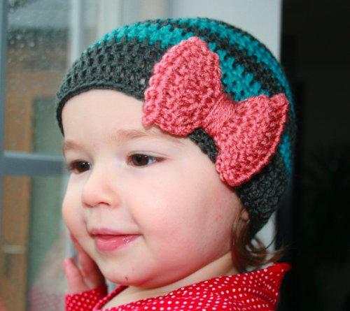 Crochet pattern Green and Grey Striped baby hat with bow includes 5 sizes from newborn to adult (Crochet hats)