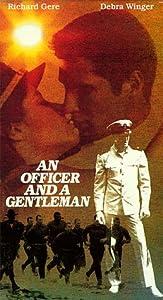 An Officer and A Gentleman [VHS]