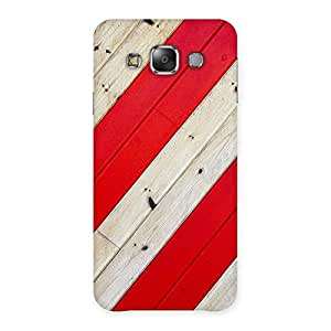 Enticing Diagnoal Red Print Back Case Cover for Galaxy E7
