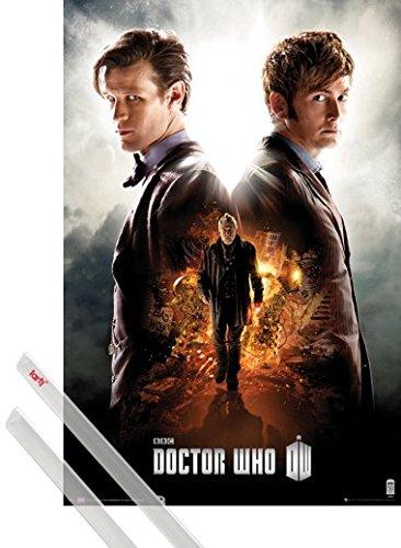 Poster + Sospensione : Doctor Who Poster Stampa (91x61 cm) Matt Smith E David Tennant, An Adventure In Space And Time e Coppia di barre porta poster trasparente 1art1®
