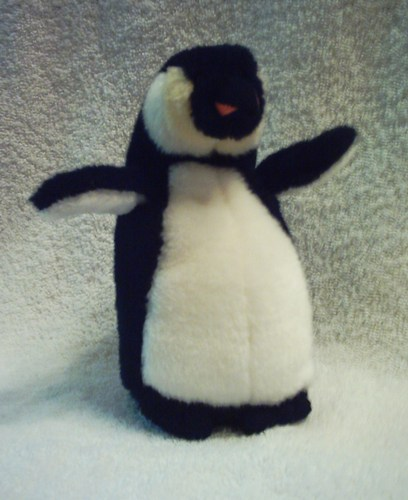 Amazon Com Ty Beanie Babies Admiral Penguin Toys Amp Games