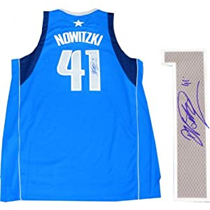 Dirk Nowitzki Autographed Dallas Mavericks Jersey by Hollywood Collectibles