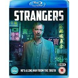 Strangers [Blu-ray]