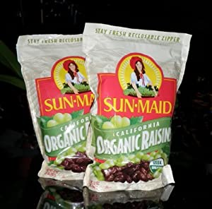 4 lbs Organic (USDA Certified) Sun Dried California Raisins by SunMaid 2 x 2lbs Resealable Bags
