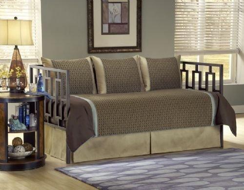 Daybed Comforter Set front-952592