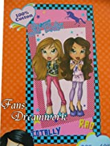 Lil' Bratz Totally Rad Beach Towel - Bratz Towel