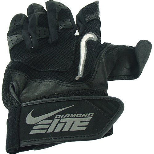 Derek Jeter 2010 Game Used Black Batting Glove front-892930