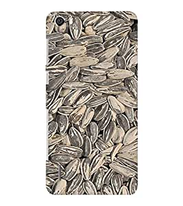 EPICCASE Sandy Pebbles Mobile Back Case Cover For Huawei Honor 6 Plus (Designer Case)