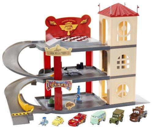 Disney Pixar Cars 2 Movie Exclusive Playset Pit Crew Garage Frank