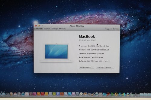Apple MacBook 13 Notebook - 2.16GHz Core 2 Duo - Lion 10.7 - 2GB Ram - 120GB HDD - White Mac Laptop