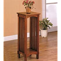 Kittitas Plant Stand in Solid Oak