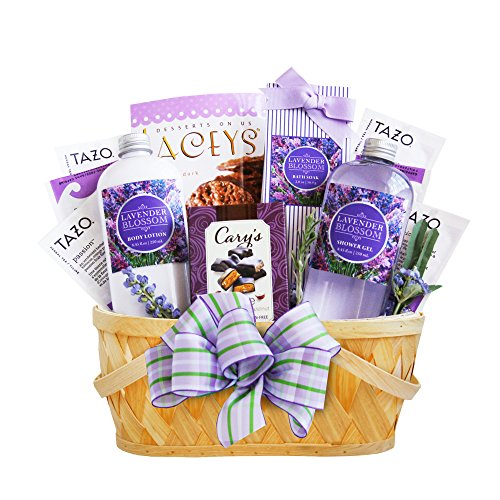 California Delicious Lavender Spa Getaway Gift Basket