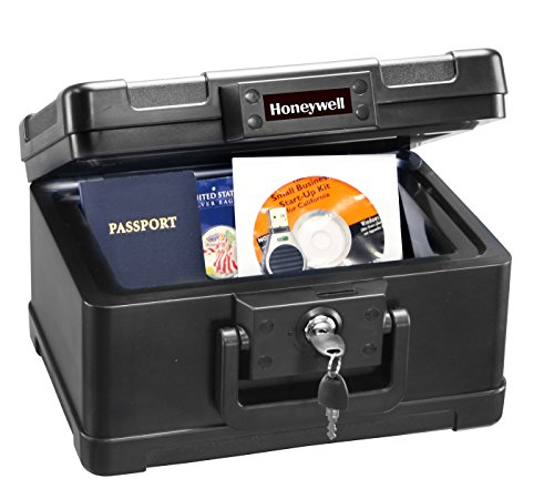 Honeywell 1101 1/2 Hour Fire Safe Chest 0.15 Cubic Feet (Honeywell Safe Key compare prices)