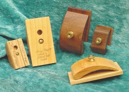 Review 1 Pair Walnut Wood Quilt Hang-Ups Clamps Clips - Large