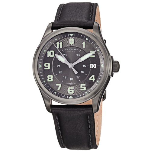 Victorinox Swiss Army Men's 241518 Infantry Vintage Black Dial Watch