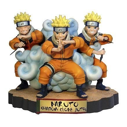 Naruto : Naruto Uzumaki in The Shadow Clone Jutsu Figure Statue