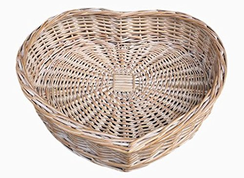 large-white-wash-heart-shaped-wicker-tray