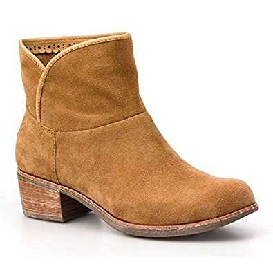 Ugg Womens Darling Suede Boots in Chestnut 1004367 (UK3)