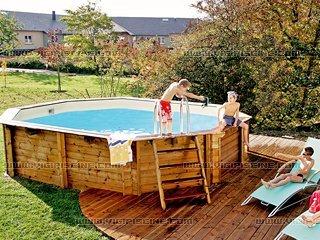 piscine bois universo. Black Bedroom Furniture Sets. Home Design Ideas