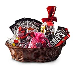 All Occasion HERSHEY\'S Chocolate Candy Gift Basket - Net Wt 2.5 lbs