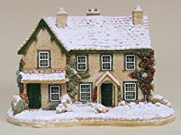 Lilliput Lane Winter at Hill Top House (L3360)