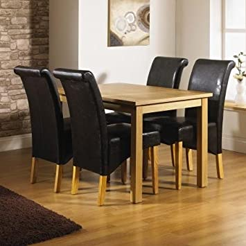 Santa Fe Oak Dining Table With 4 Roll Back Chairs