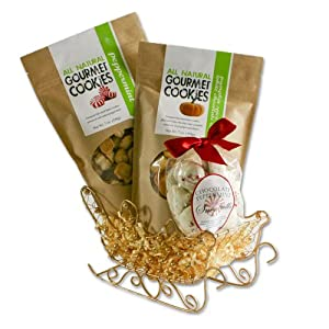World Wide Gourmet Foods Santa's Holiday Shortbread Sleigh Gift Set