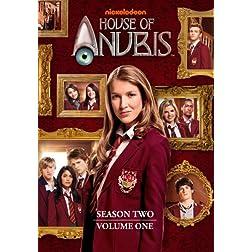 House of Anubis: Season 2 Volume 1