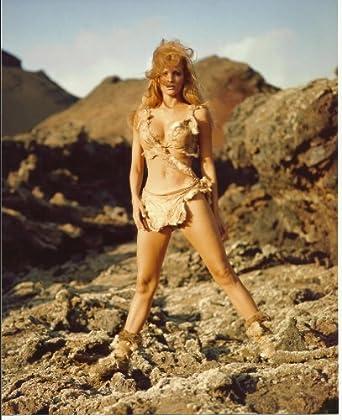 Raquel Welch Sexy in Bikini One Million Years B.C. 8x10 Photo standing