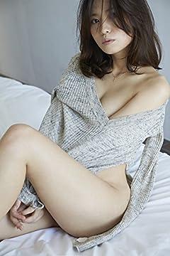 市川由衣 写真集 『 YUI 』