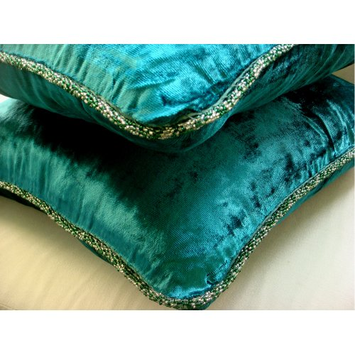 Royal Peacock Green Shimmer - 24X24 Inches Square Decorative Throw Royal Peacock Green Velvet Sham Covers With Handmade Bead Border front-1068427