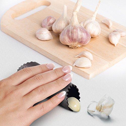 how to use kitchenaid garlic press