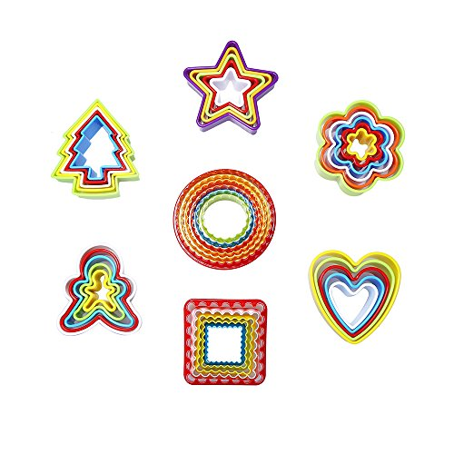 DECORA Plastic Multi-size Biscuit Cookie Cutter Set for Fondant Pack of 7