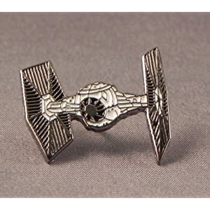 Mtal-mail-Badge--pingle-Star-Wars-Tie-Fighter-Espace-Bateau